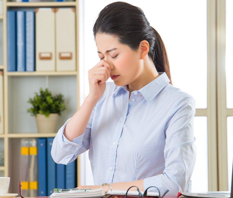 過敏性鼻炎與感冒的不同