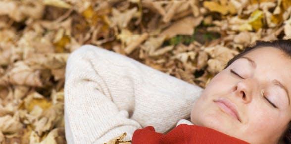 Four ways to minimize seasonal impact on your sleep   Advil PM