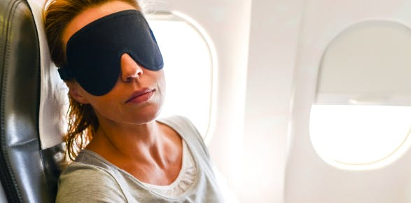 Secrets to sleeping well while traveling | Advil PM
