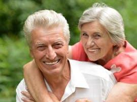 Healthy elderly couple thumbnail