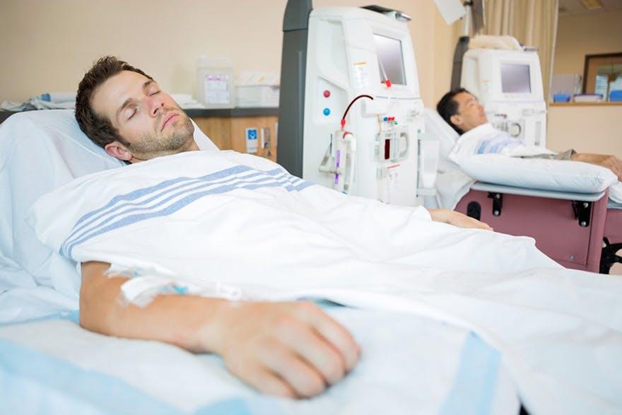 Reduce Men's Cancer Risk and men in hospital thumbnail