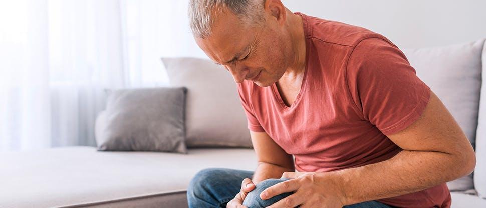 Gelenkschmerzen schränken die Mobilität ein und beeinträchtigen die Lebensqualität10