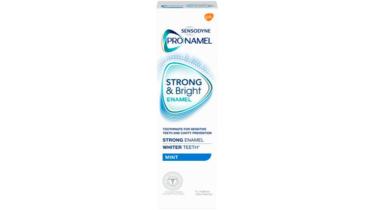 Pronamel strong and bright pack shot