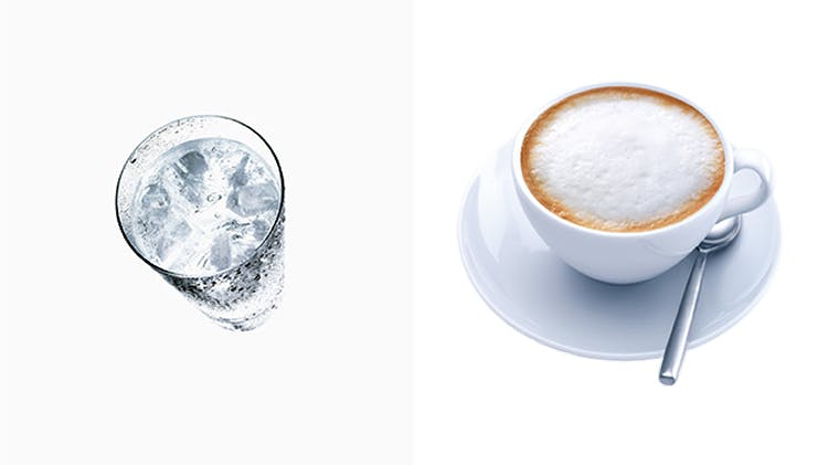 Soğuk su; sıcak kahve