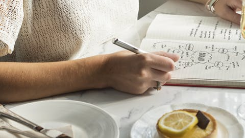 Why Keeping a Food Journal Can Help Alleviate Bloating