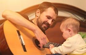 Benefici della musica per neonati - Narhinel