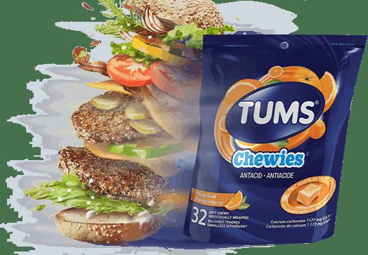 Cheeseburger double à côté d'un sac de TUMS Chewies